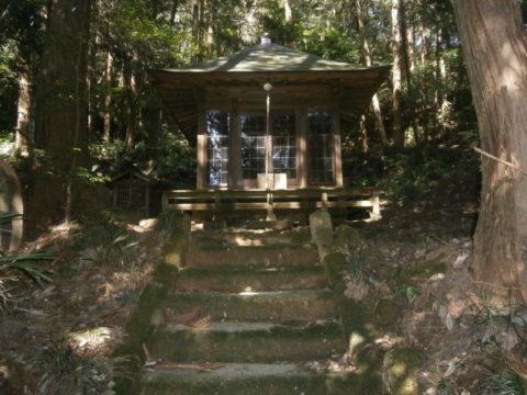 杉山城跡の神社