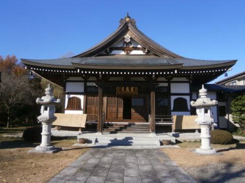 板戸宝泉寺本堂