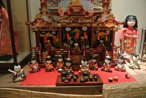 陶器の雛人形1