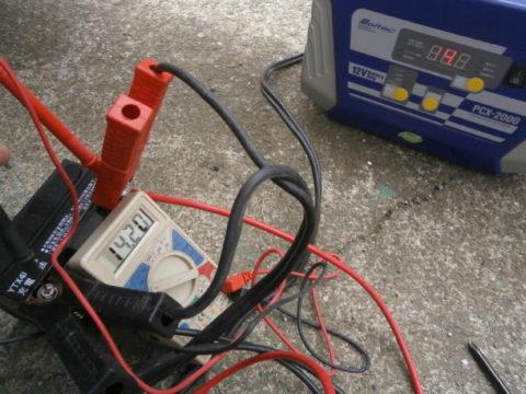 2017-2dioサブと並列接続充電中