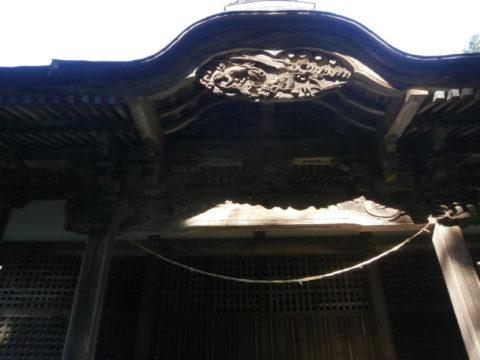 八幡神社本殿唐破風