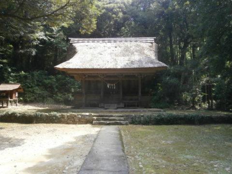 国重要文化財綱神社