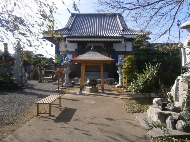 野木町満願寺本堂