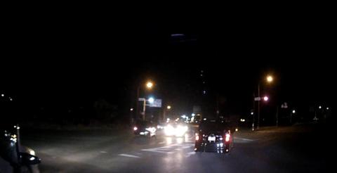 ドライブレコーダー夜間