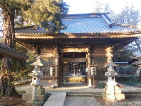 雄琴神社随神門