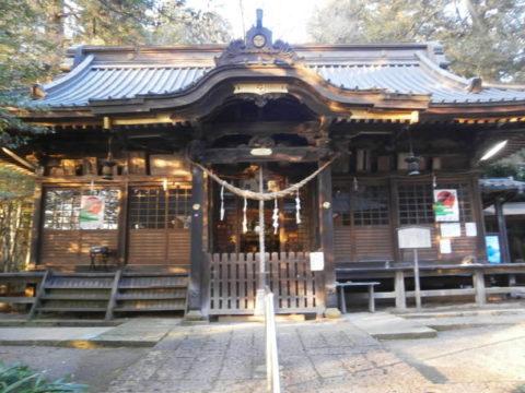 雄琴神社拝殿